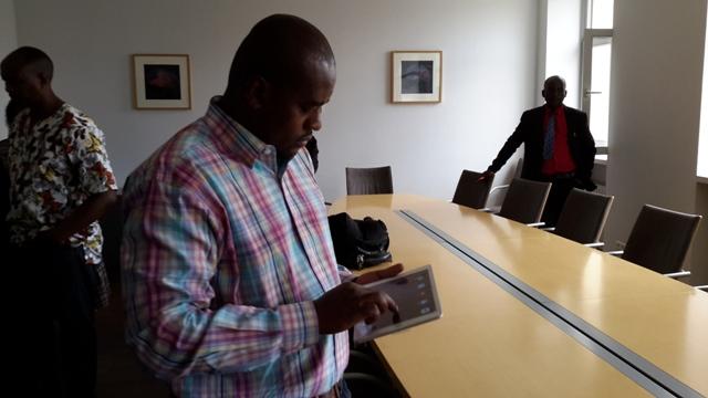 Serge Ndayizeye de Radio Itahuka